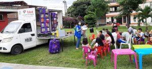 A esta hora el Departamento Administrativo de Arte y Cultura y el programa Biblioteca itinerante, llegó al barrio Chiminangos