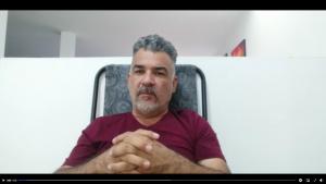 El artista Jorge Orozco expresa su sentimiento de gratitud al Alcalde John Jairo Gómez Aguirre y al director del Departamento Administrativo de Arte y Cultura